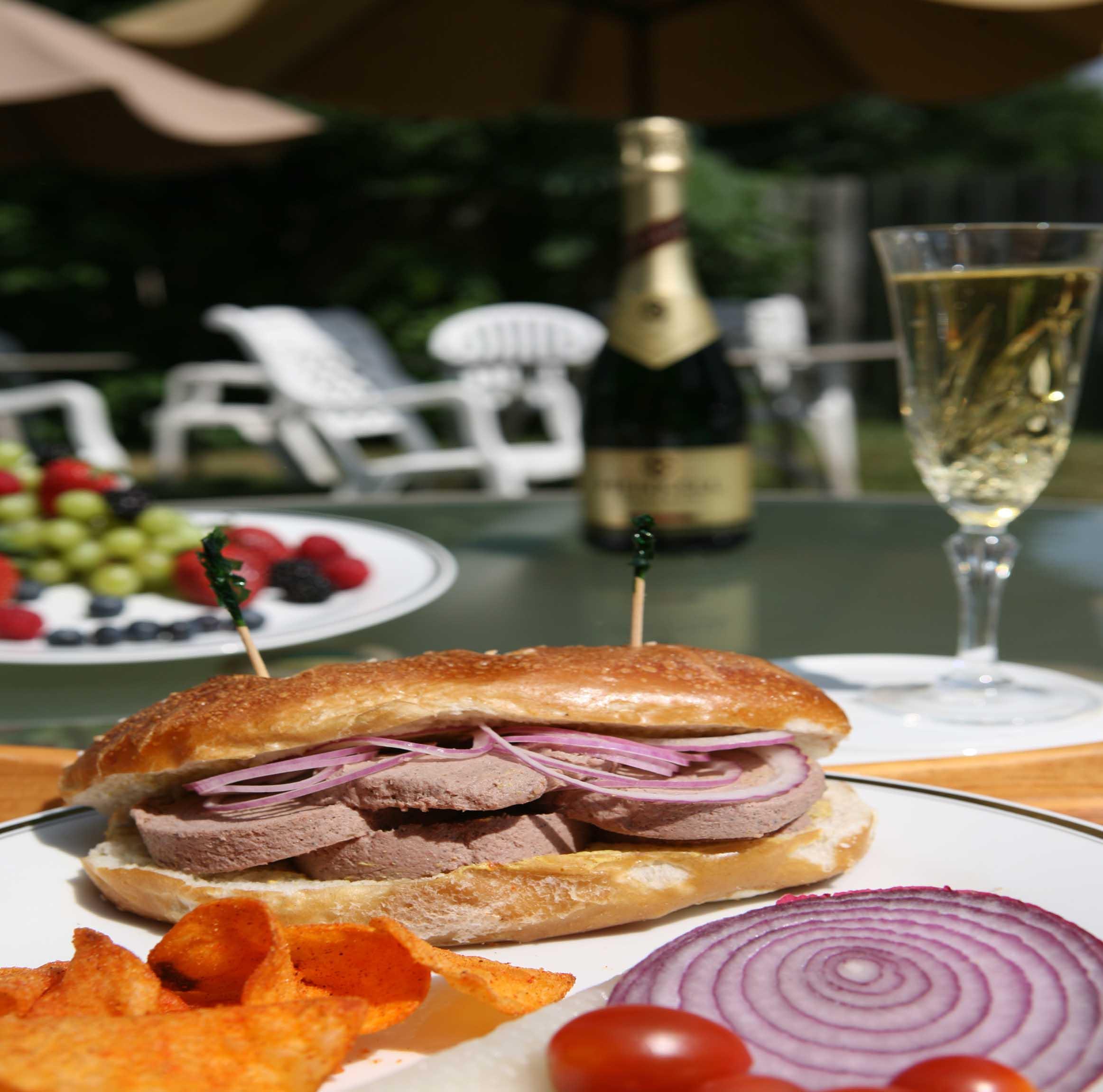 Coarse Liverwurst Sandwich