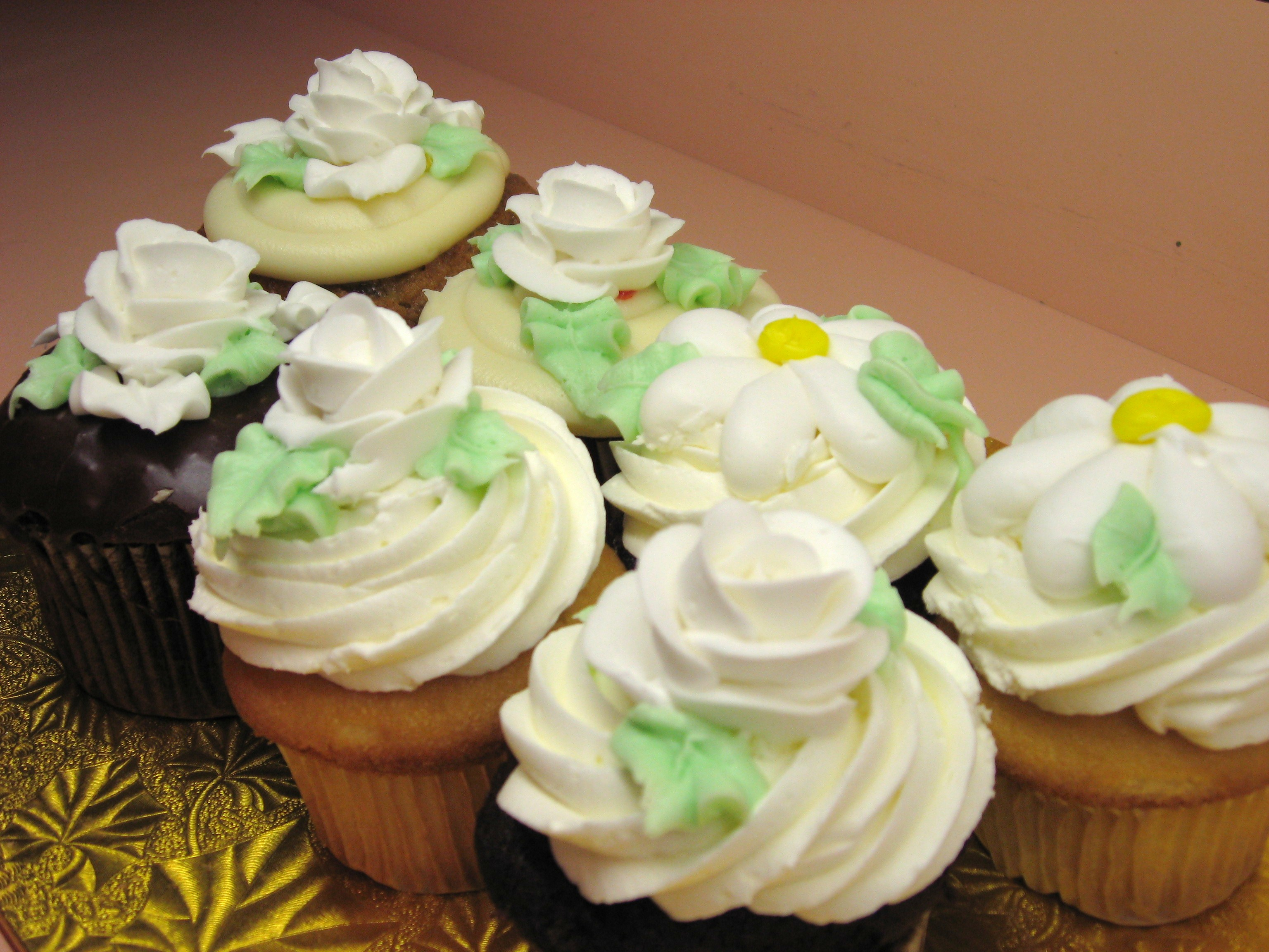 Bridal Shower Cupcakes (6)
