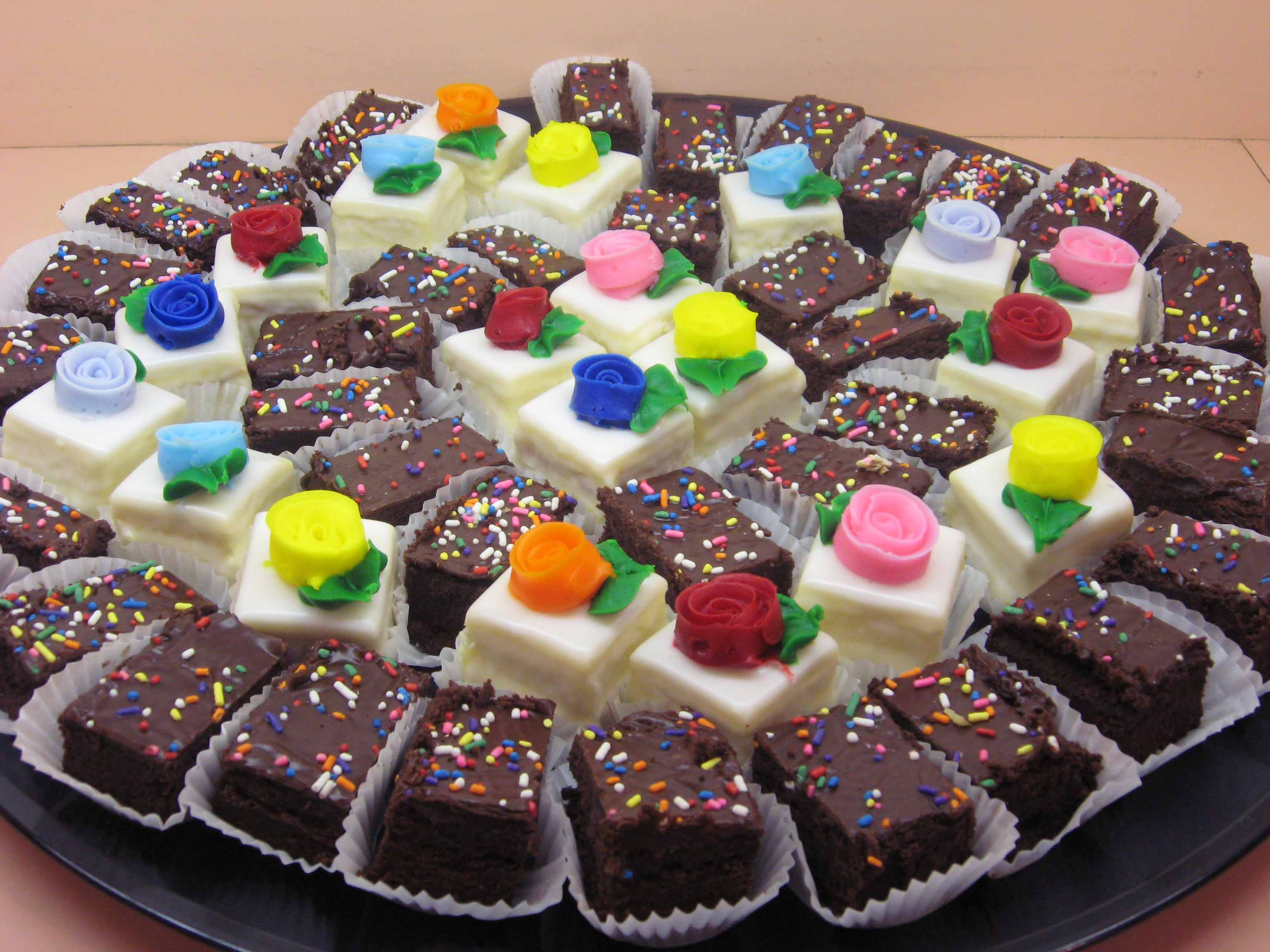 Petit Four and Mini Brownie Tray