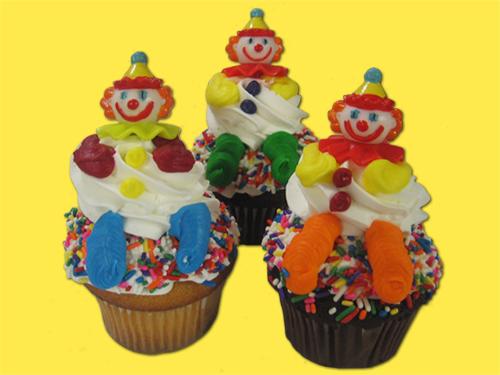 Clown Cupcakes (6)