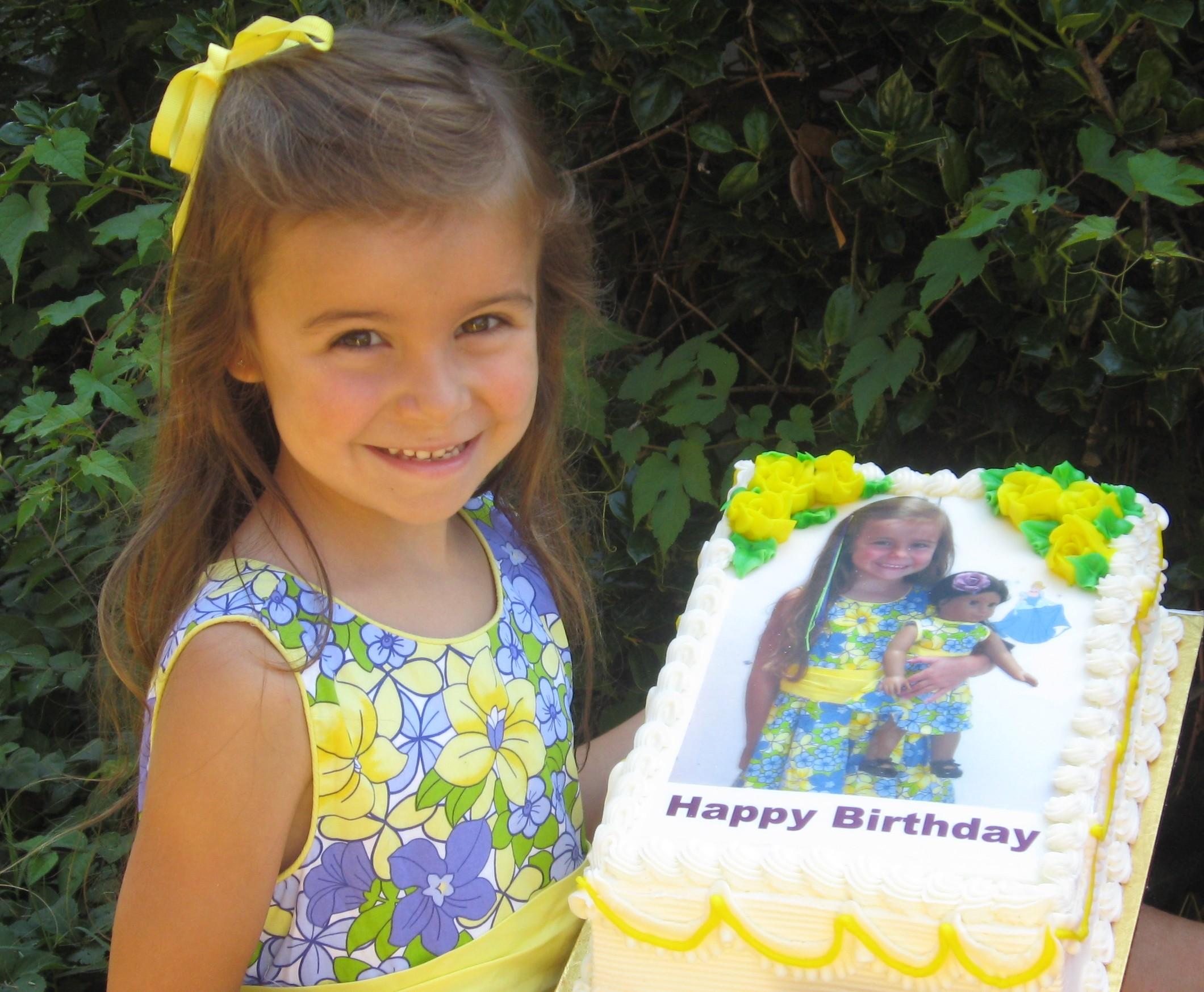 A Sample Custom Photo Cake