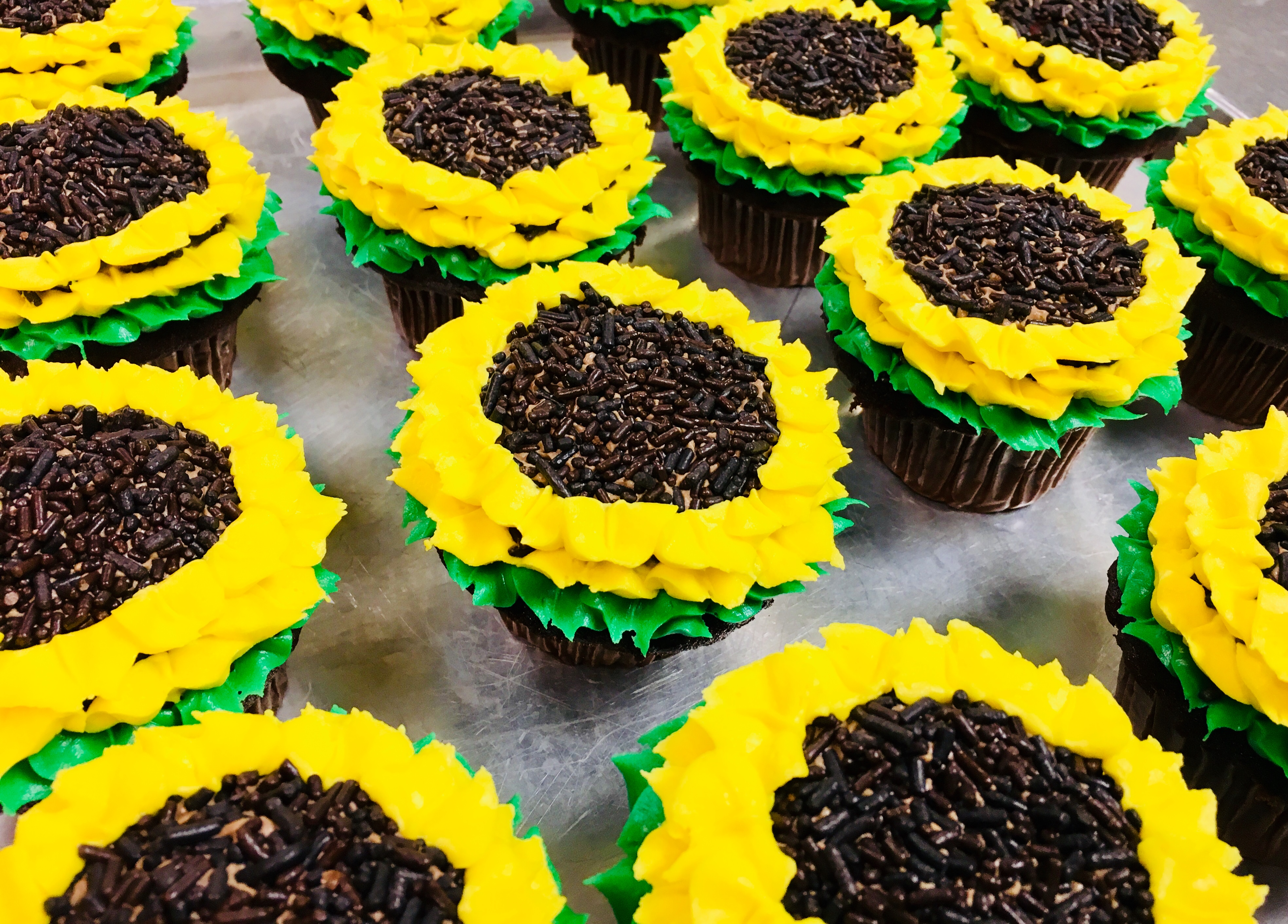 Sunflower Cupcakes- Min. Order of 6