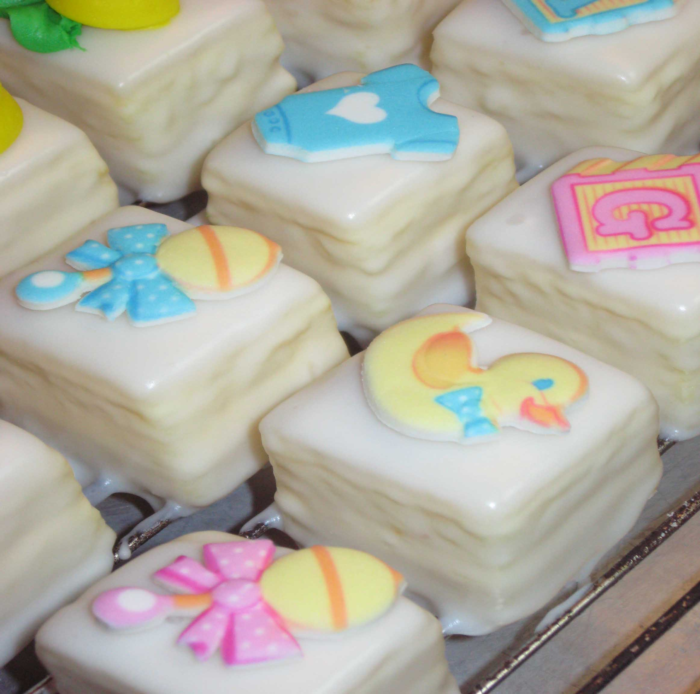 Baby Shower Petit Fours (6)