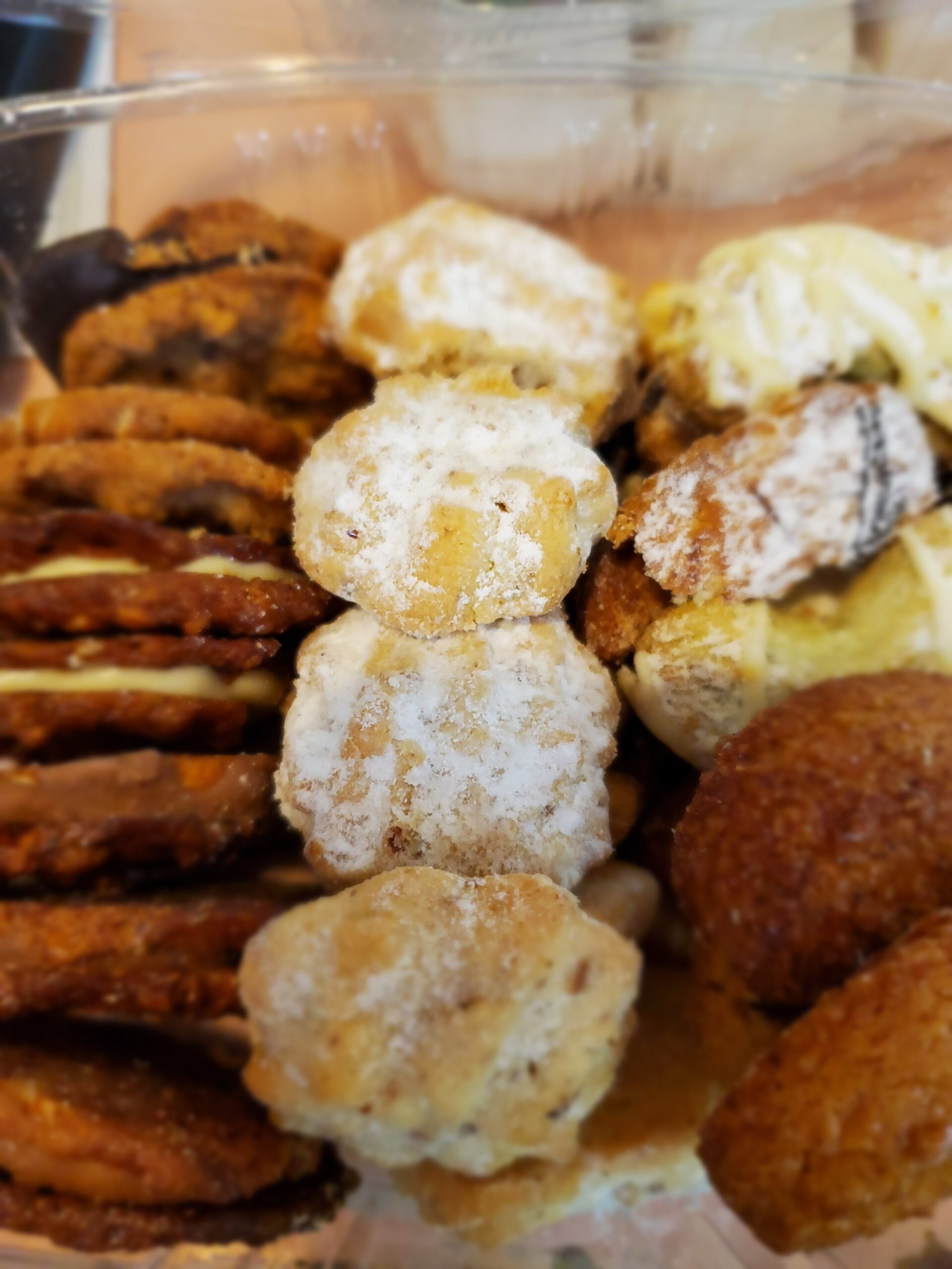 Cookies – Nut Assortment Container